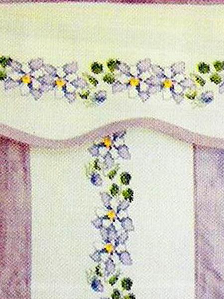 Нежный цветочный бордюр